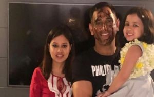MS Dhoni And Daughter Ziva Shake their Leg in Birthday Celebrations